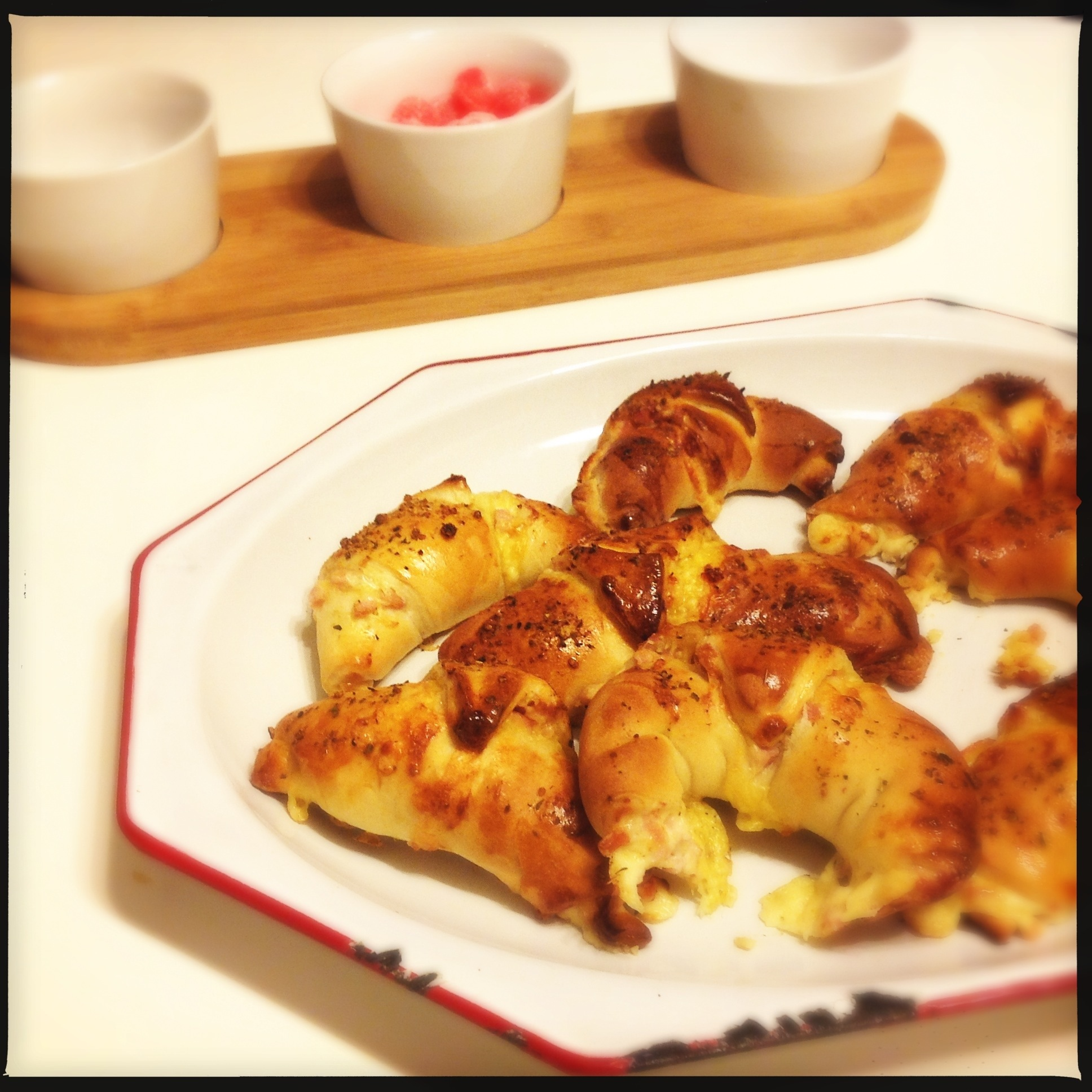 Hams Egg Cheesy Bread Roll: Cheesy Bread Rolls
